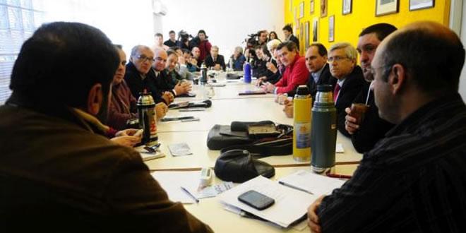 PIT-CNT ratificó que delegados de los trabajadores deben tener voz y voto en los organismos públicos